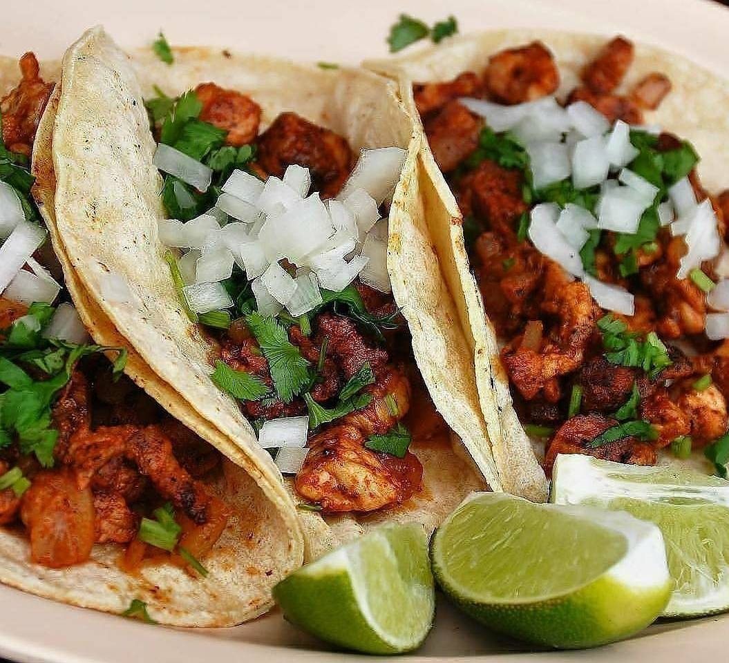 "<span style=""font-weight: bold;"">TACOS</span>"